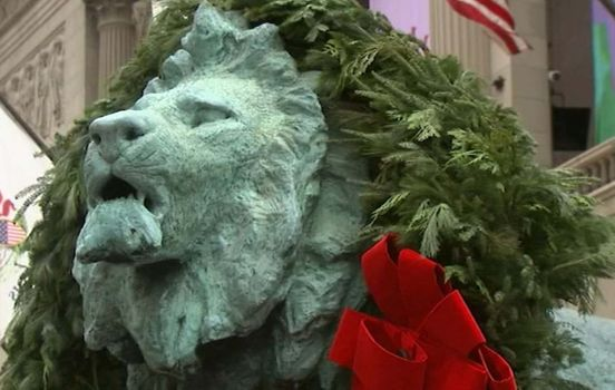 https://us.avalanches.com/chicago_iconic_lions_giant_wreaths_for_beloved_holiday_tradition_unveiled_at_art_institute_of_chicago15084_01_12_2019