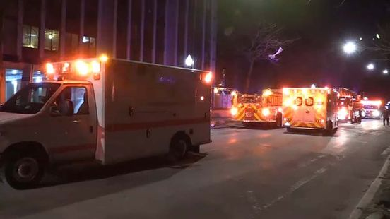 https://us.avalanches.com/chicago_two_children_died_at_south_shore_highrise_daughter_jumps_from_11th_f21162_02_01_2020