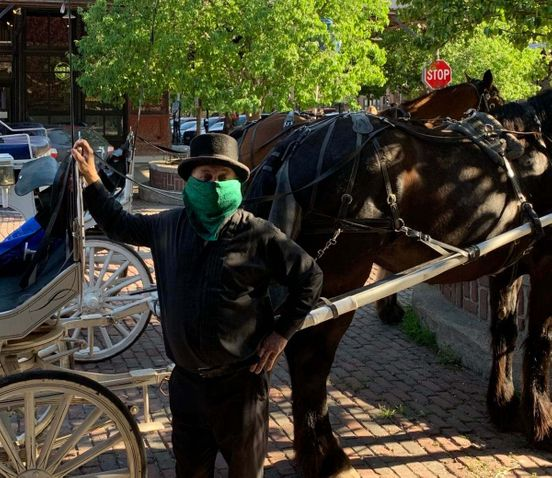 https://us.avalanches.com/omaha__horsedrawn_carriage_rides_resume_in_omahas_old_market_298778_20_05_2020