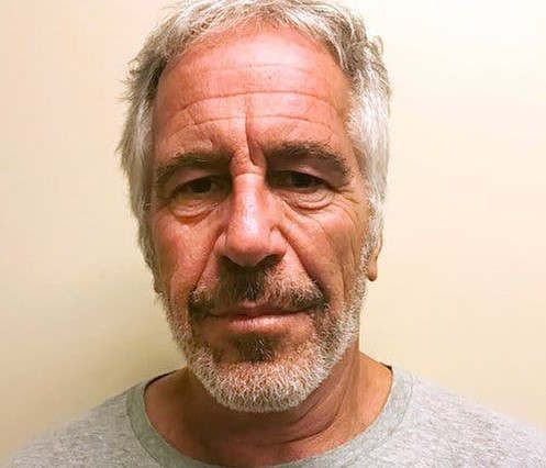 https://us.avalanches.com/new_york_city_pathologist_claims_the_case_of_jeffery_epstein_as_a_homicide9183_01_11_2019