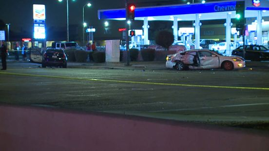 https://us.avalanches.com/phoenix__two_kids_severely_injured_in_a_crash_at_43rd_avenue_and_thomas_road_w316195_24_05_2020