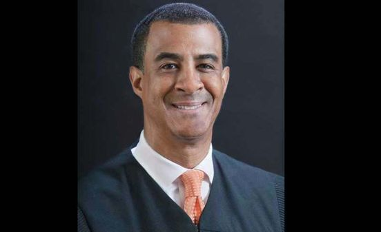 https://us.avalanches.com/los_angeles_federal_judge_who_blocked_trumps_border_wall_donated_20k_to_obama569_25_05_2019