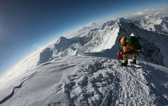 https://us.avalanches.com/los_angeles_deaths_of_british_irish_climbers_add_to_everest_toll563_25_05_2019