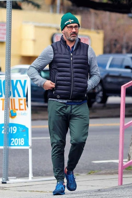 https://us.avalanches.com/los_angeles__jon_hamm_enjoyed_the_silent_streets_of_los_angeles_the_outbreak_of_c37898_22_03_2020