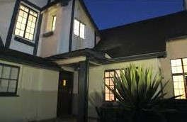 https://us.avalanches.com/los_angeles_colin_farrelltied_home_in_hollywood_hills_fetches_13_million21648_05_01_2020
