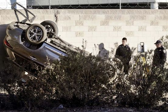 https://us.avalanches.com/los_angeles_3_dead_1_injured_in_rollover_crash_during_lapd_pursuit_in_echo_park9179_01_11_2019