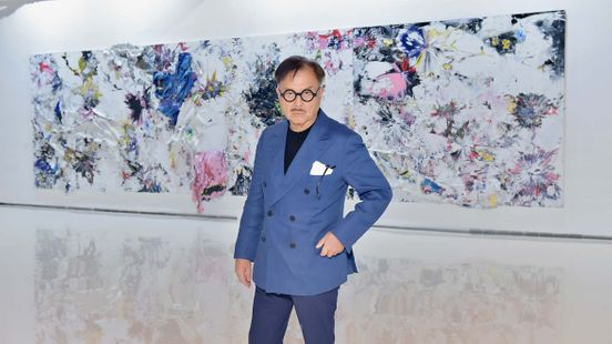 https://us.avalanches.com/los_angeles_michael_chow_is_selling_los_angeles_mansion_for_699_million4983_09_10_2019