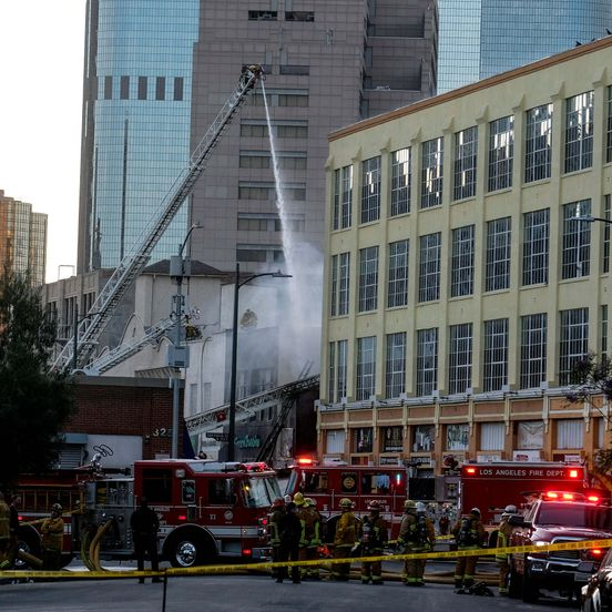 https://us.avalanches.com/los_angeles__explosion_in_downtown_los_angeles_230_firefighters_responded_severa291953_19_05_2020