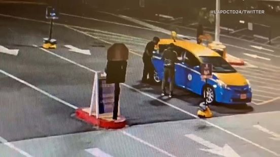 https://us.avalanches.com/los_angeles_man_escapes_in_a_taxi_after_a_speeding_pursuit29372_10_02_2020