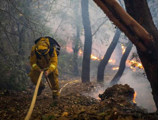 https://us.avalanches.com/san_francisco_kincade_fire_is_now_60_contained8928_31_10_2019