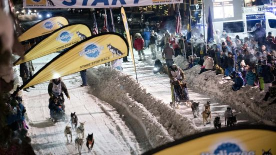 https://us.avalanches.com/denver_colorado_dog_sled_guide_getting_ready_for_wyomings_stage_stop25446_22_01_2020