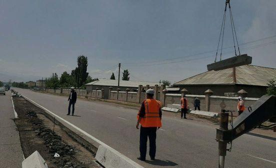 https://uz.avalanches.com/tashkent_betonne_plyt_na_nekotorkh_dorohakh_tashkentskoi_oblasty_vvoziatsia_v_sa294031_19_05_2020