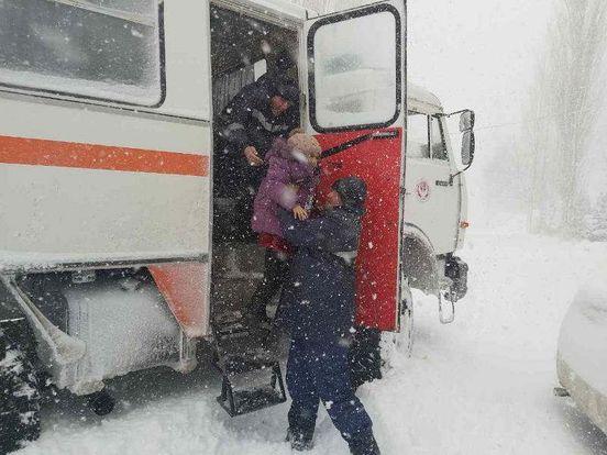 https://uz.avalanches.com/fergana_qamchik_dovonida_favqulotda_xolat19862_26_12_2019